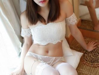 [MFStar模范学院] VOL.113 璐璐 - 白色蕾丝内衣丝袜美图[41P]