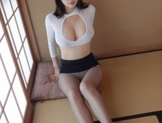 [MFStar模范学院] Vol.173 女神@李可可日本旅拍性感私房丝袜美图[50P]