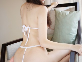 [MyGirl美媛馆] VOL.203 《三亚旅拍》 赵小米Kitty - 性感比基尼+牛仔热裤[53P]
