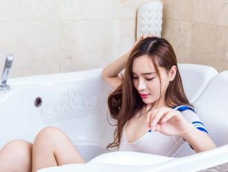 [TouTiao头条女神] 艾小青 - 天然少女 丝袜美图[22P]
