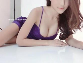 拥有完美脸蛋身材的神级泰国正妹-Phasinee Boonrod性感写真60P