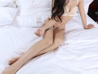[无忌影社]出品网红名人欣杨私房大尺度人体彩绘完美诱惑写真65P