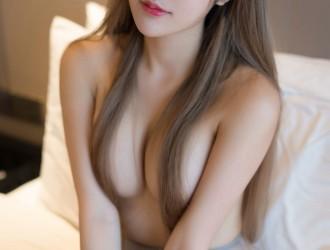 [YouMi尤蜜荟] Vol.206 女神@Cris_卓娅祺魅惑私房丝袜美图[39P]