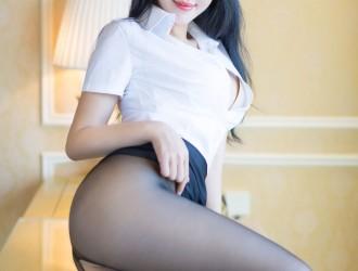 [YouMi尤蜜荟] Vol.086 刘钰儿 - 黑丝眼镜OL+女警服系列[38P]