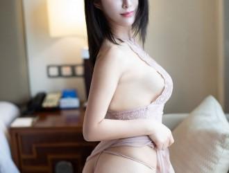 [YouMi尤蜜荟] Vol.262 新人模特@ 林思颖Jessicak首套丝袜美图[33P]