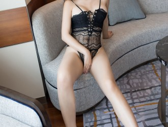 [YOUWU尤物馆] VOL.118 女神@Cris_卓娅祺性感护士制服丝袜美图[52P]